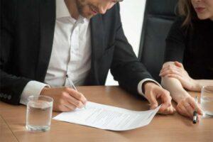 Evlilik Dolayısı ile İş Sözleşmesinin Feshi Nasıl Yapılır